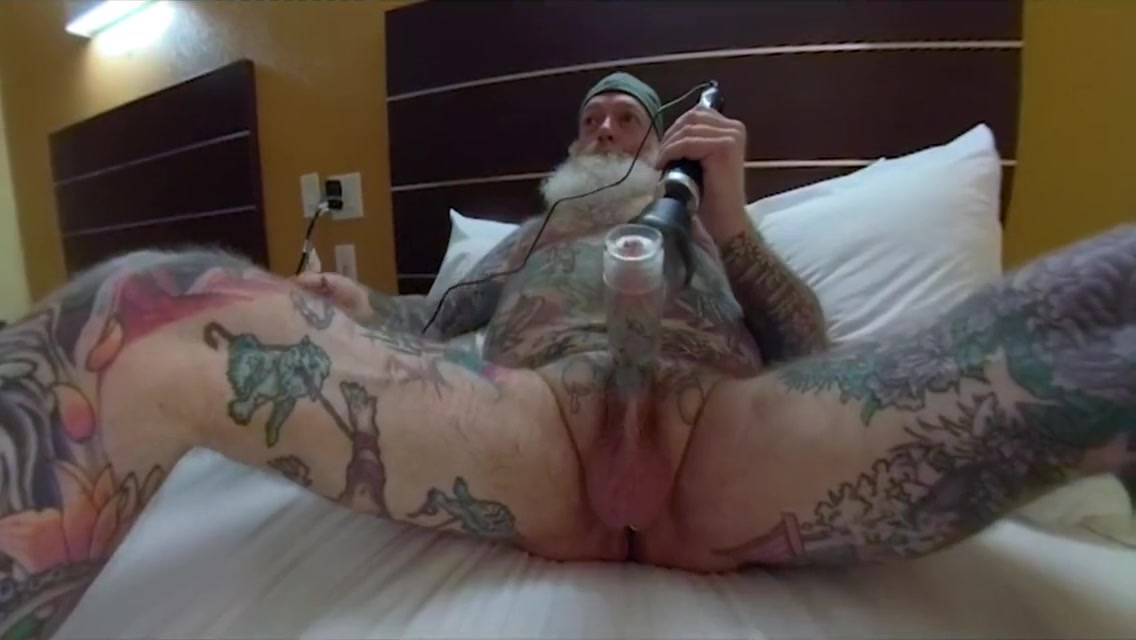 Inked Daddy Bear Solo - Cock Massage, Prostate Toy, Piss Suru Works