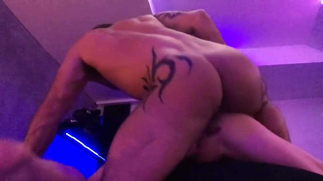Adam Killian Raw Threeway big fat ass butts