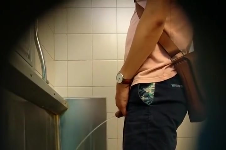Spy str8 pissing I causes for extreme muscle stiffness and twitches