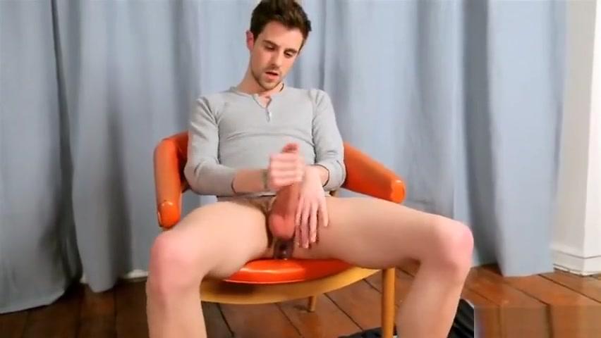 YLJ - Andrew Elliot solo Nude shaved masturbate penis orgy
