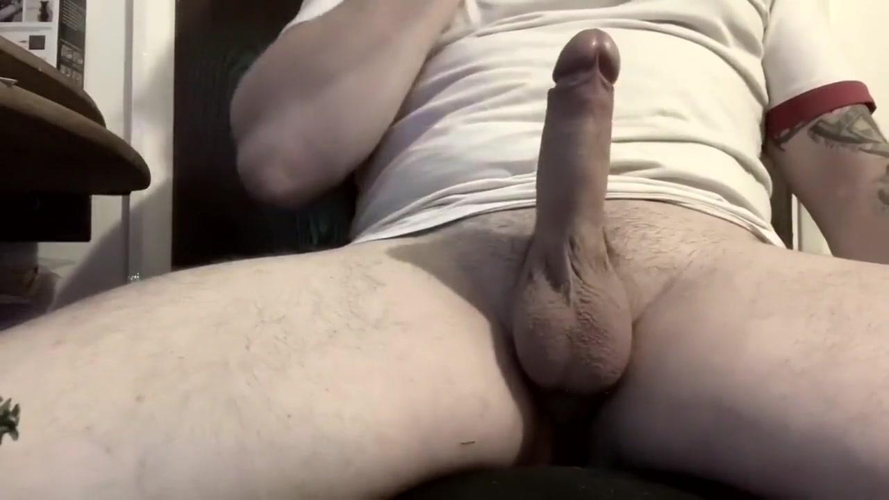 wank with cumshot Pale white brunette big tits