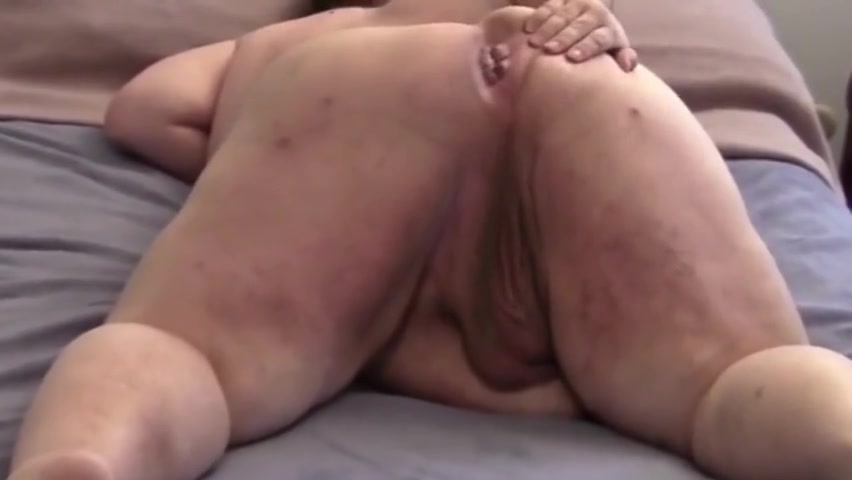 Chubby Fat Ass bald man rideing cock