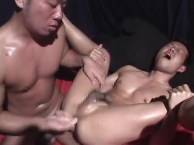 Japanese muscle guys sex (tyson sportus - ????????! 2) real homemade bisexual mmf threesome