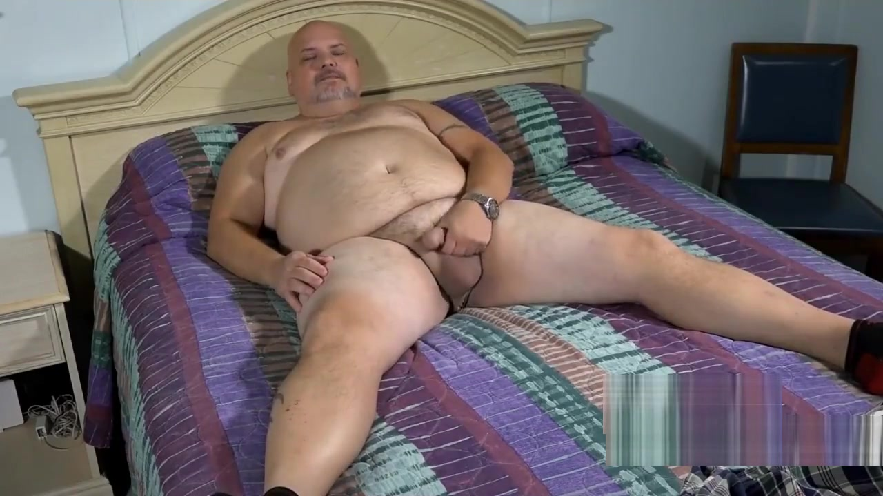 Stocky Daddy plays with his favorite Dildo women performing analingus on man photos