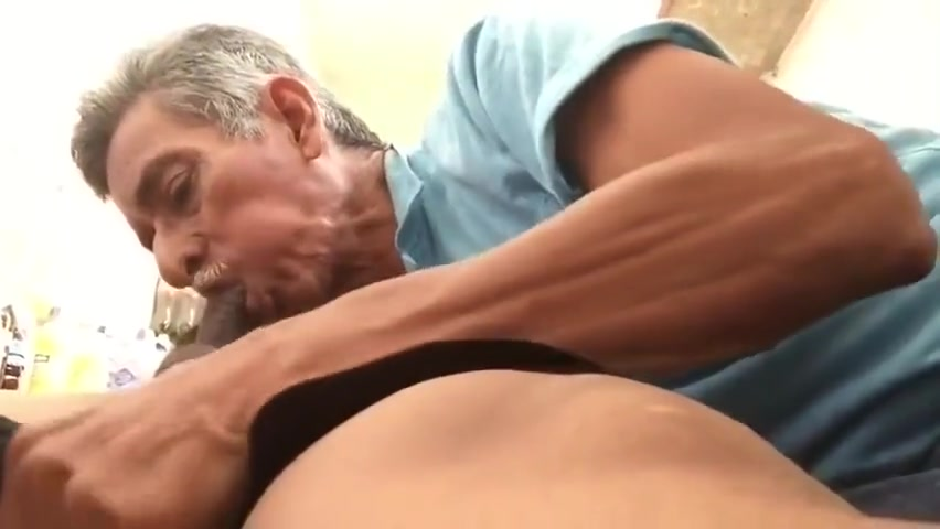 MEXICAN DAD BLOWS CHACAL Sierra lewis makes lexington steele cum twice