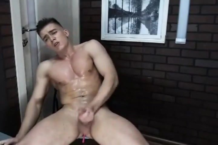 Extreme orgasm of a muscle guy with lots of toys Masturbation toys for guys