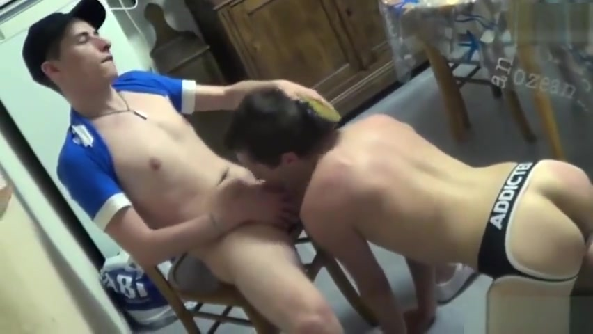 French twinks foot and cumshot Sex for money in Calama