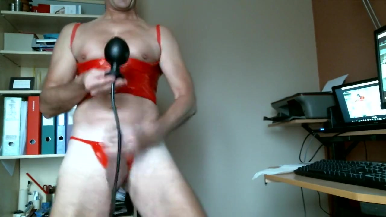 We collected for you best of Webcam videos on this page