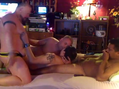 Episode 56 Dudes are on the daybed, then Dad & Cub join in 11m19 Blond and Dark Brown Go At It