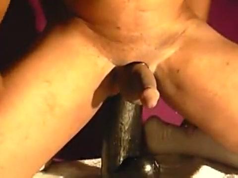 XLToyzboi13 Plays wit Gay Gigantus free porn pics of girls