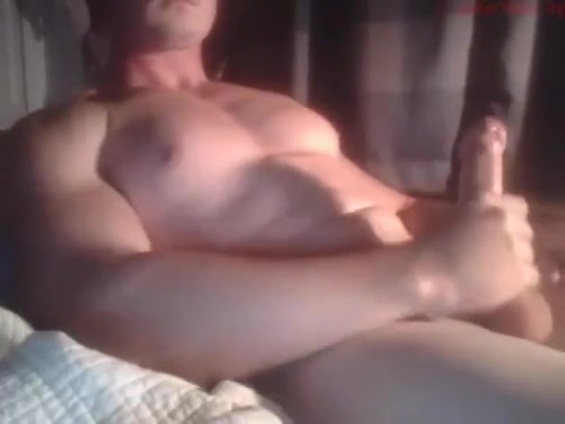 AWESOME Musclesglasses99 21.07.2017 VERY VERY SEXY Amtuer cougar cumshot