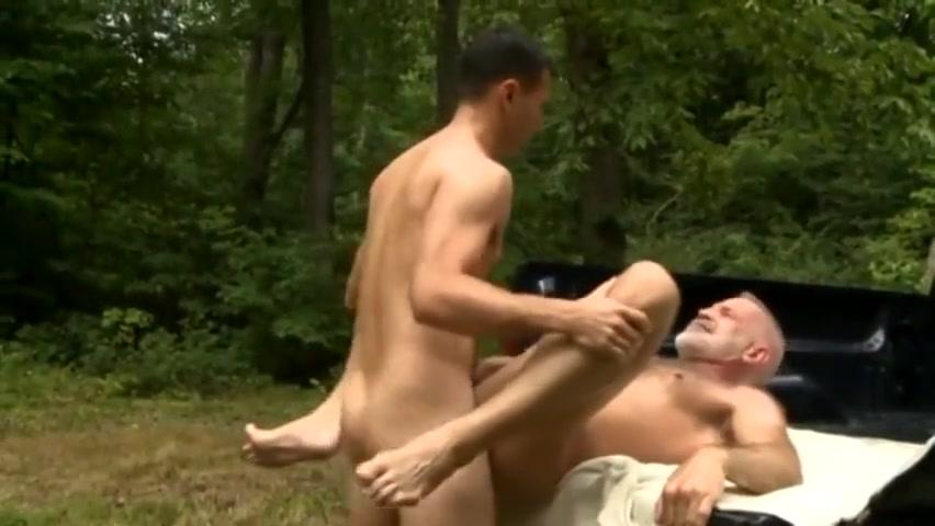 Older Man Getting An Education Eilenstine nebraska slut