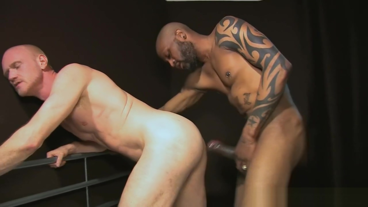 RAW MEGAHUNG Uncut Drills Partner Slave blowjob
