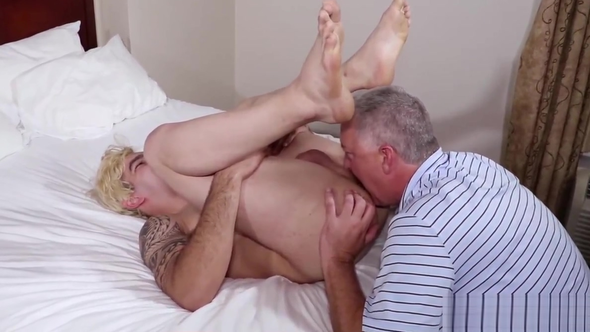 Casting Goes Wrong For Muscle Teen When Director Fucks Him How to stand up against sexual harassment