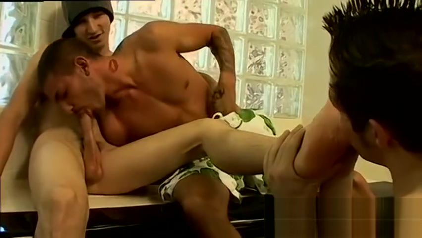 Wyatts gay boy locker room feet and young boys legs are cute Video game nude sex scene