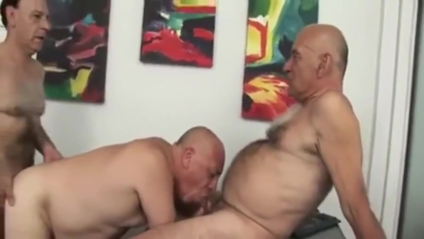LATINO DADDY THREESOME Fat Hairy Black Cunt