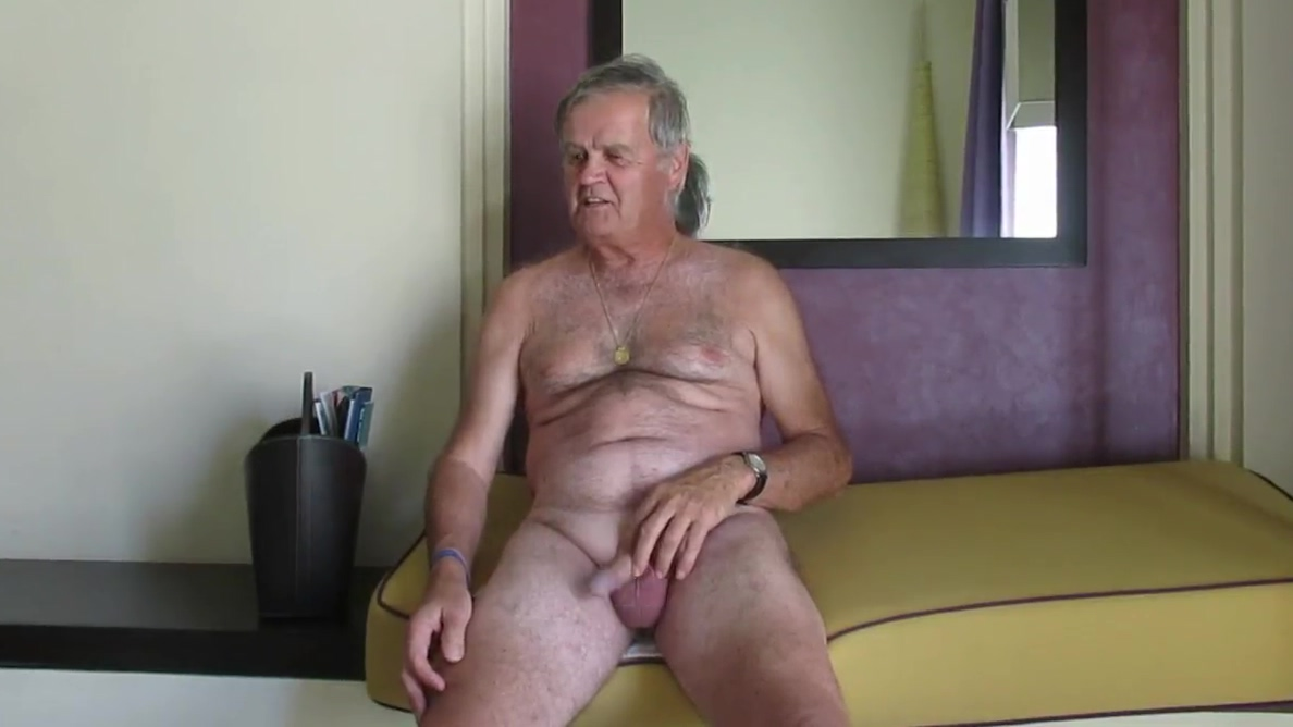 masturbating comp-2b next door nikki free nude pics