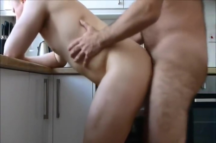 [bareback] giving daddy what he wanted Hot topless girl flashes gif