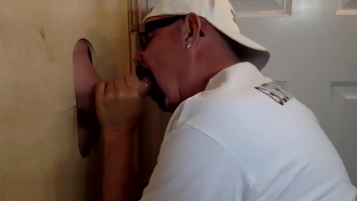 Man Returns For A Gloryhole Servicing using sex toy at party