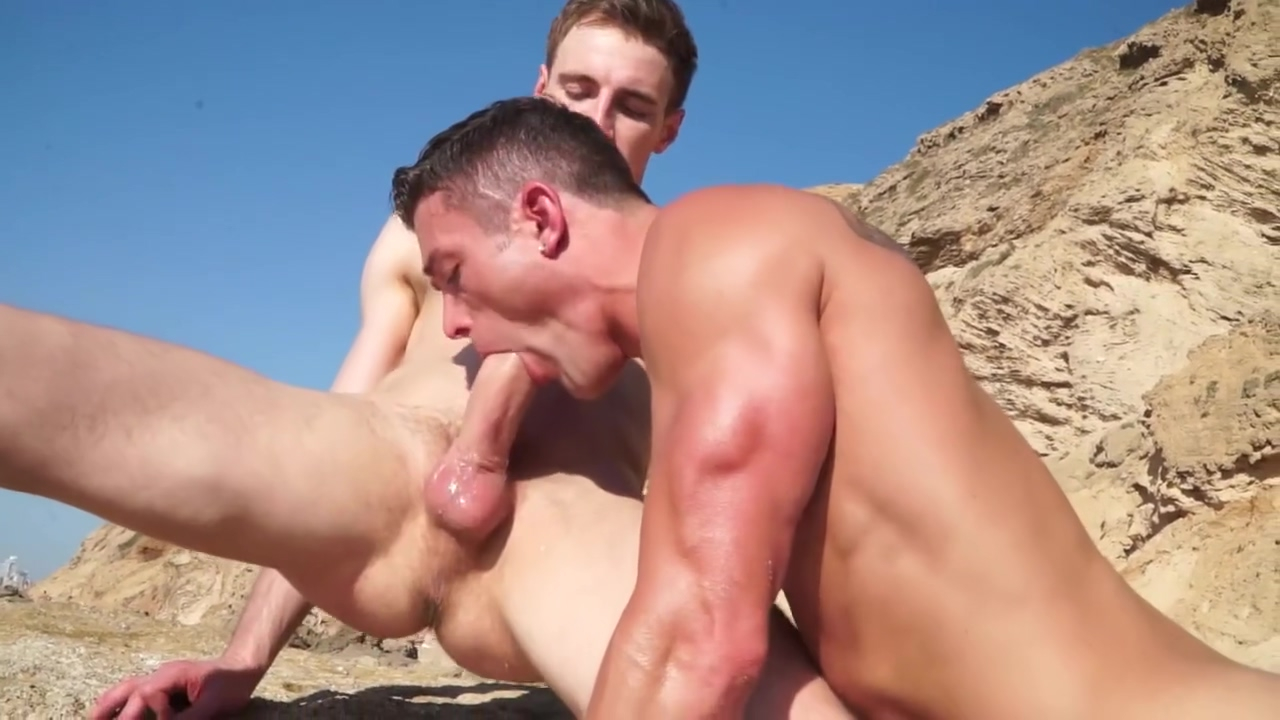 Hot outdoor fuck in Cock by the Ocean Chayse And Carmella Double Ass Action Pack