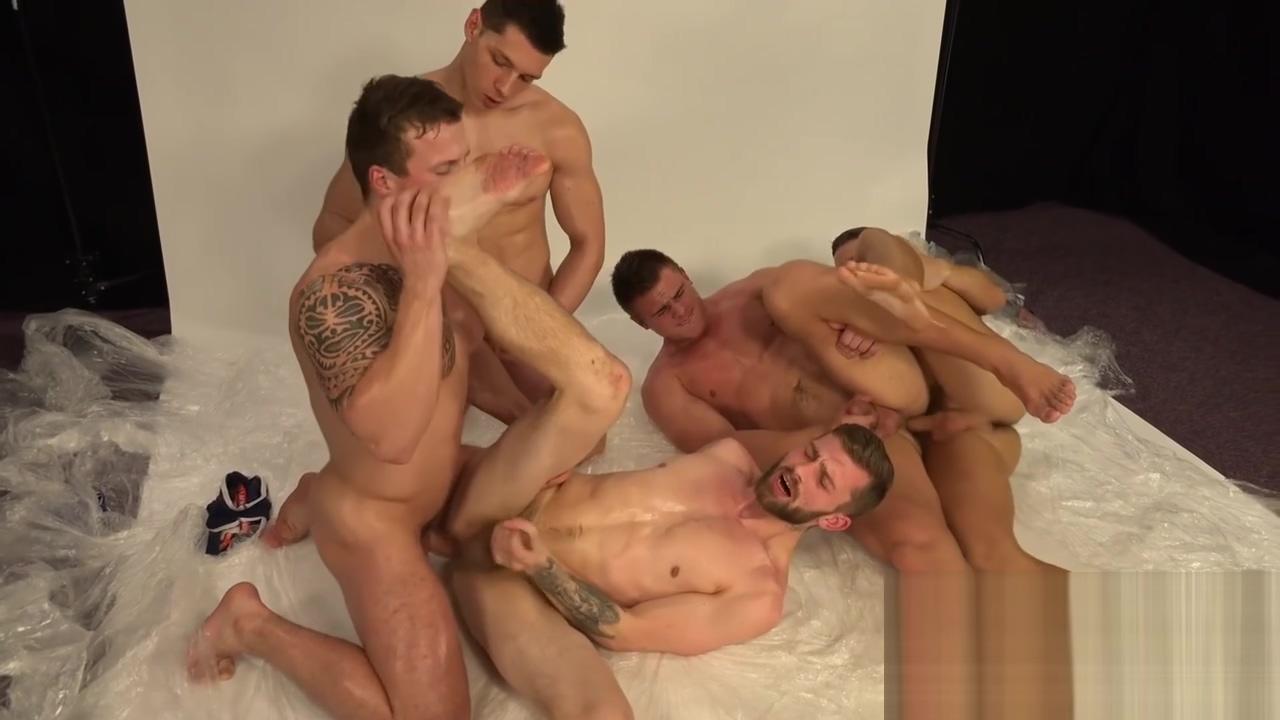 Gay Porno 148 Social hook up sites