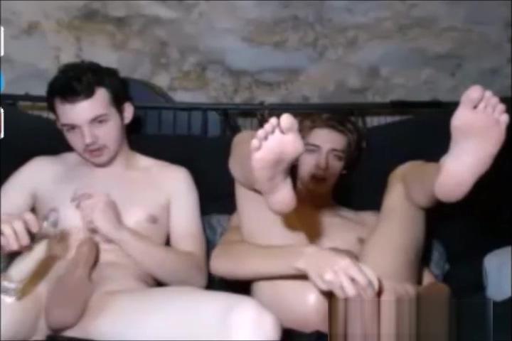 BibCam No. 49 - 27.11.2016 Drei junge Boys Fuck and cum im Mounth Are mattyb and kate hookup 2020