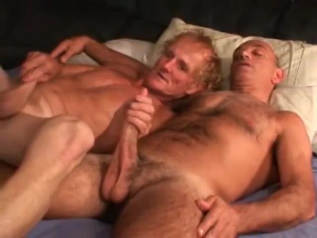 Two older homeless fuck Black Lesbian Shower Porn