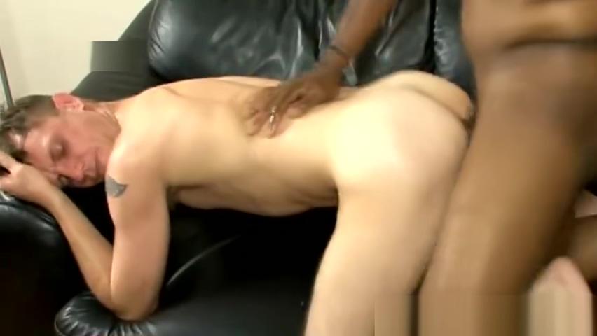 Twink Kody Rean takes long black cock in mouth Girl nude in Santiago