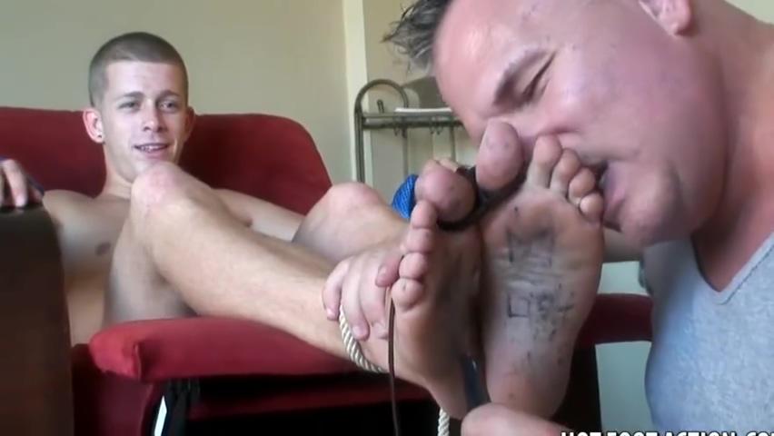 hot ticklish boys feet Jael de pardo toes