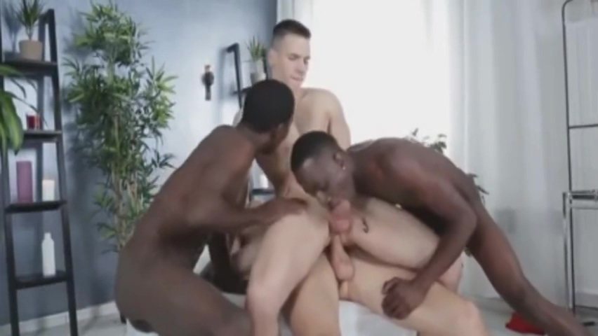 2 blacks 2 whites ...hotttttttttttttttttttttttt App casual