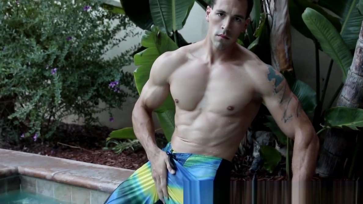 Buffed homosexual man jacks off big cock in the pool Old lady nude photos