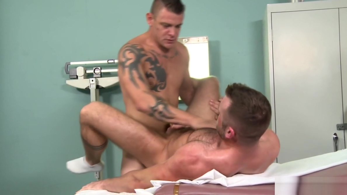 MenOver30 Big Dick Daddy Doctor Knows How 2 Cure His Patient Forced him to masturbate