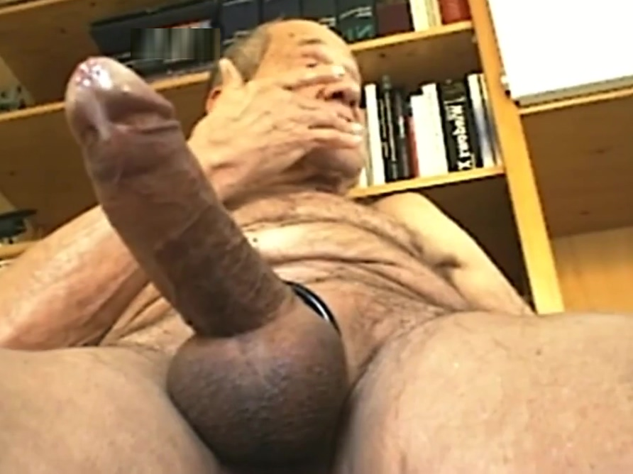 DutchCockXL jerking 20 cms Sexy hotmilf