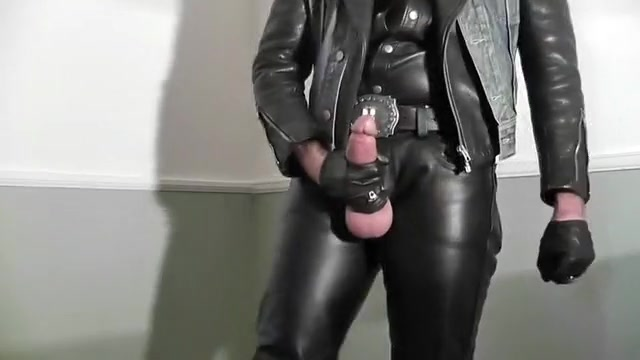 LEATHER APPEAL Barbora is a hot lesbian