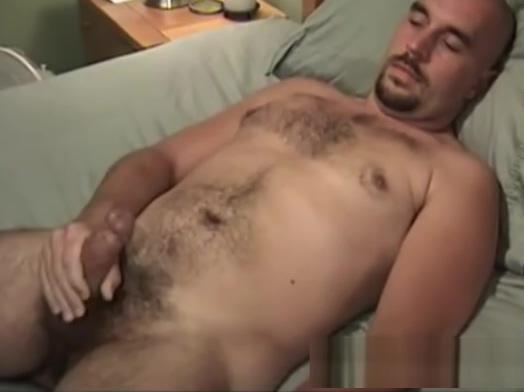 Mature Amateur Allen Jacking Off aspen richardsen unplanned threesome hd porn