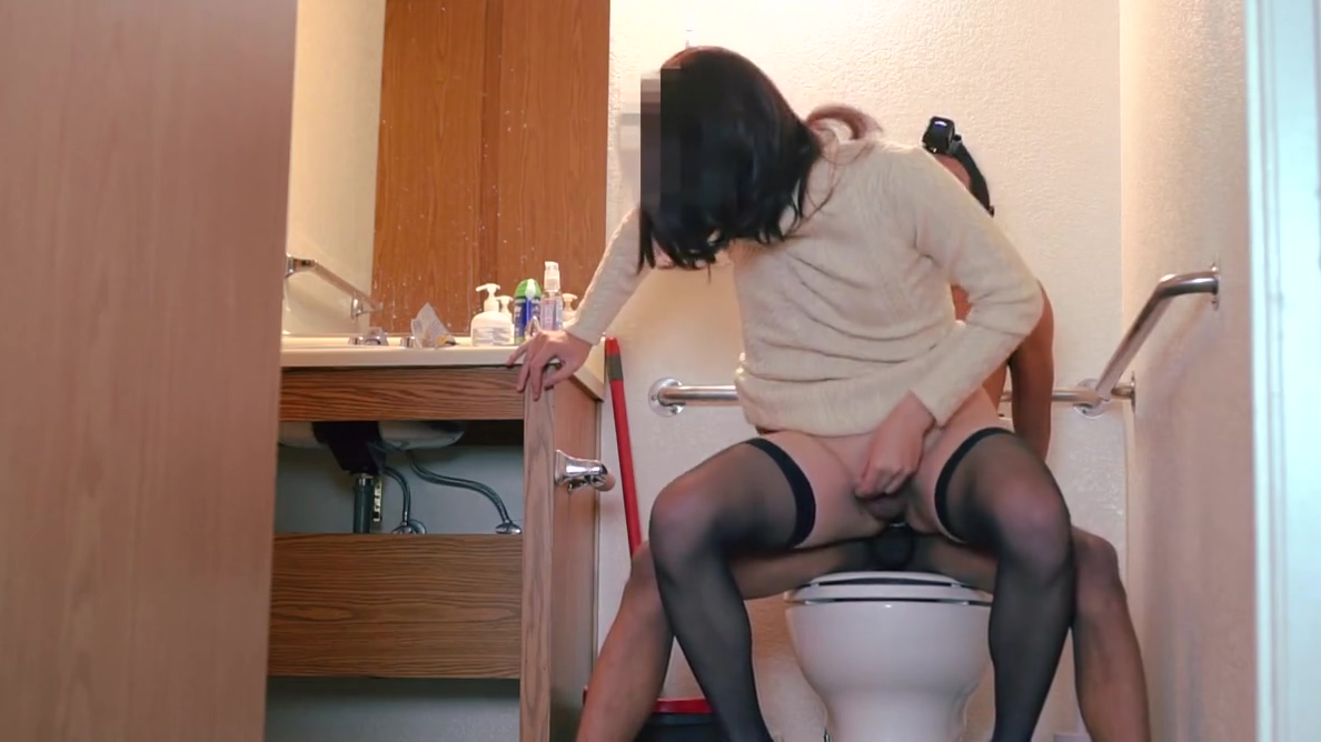 Asian sissy slut in nylons gets fucked by big cock German Old Milf