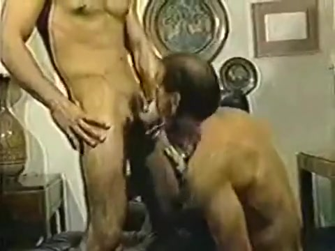 80S two free sexy girls giving guys lap dances nude