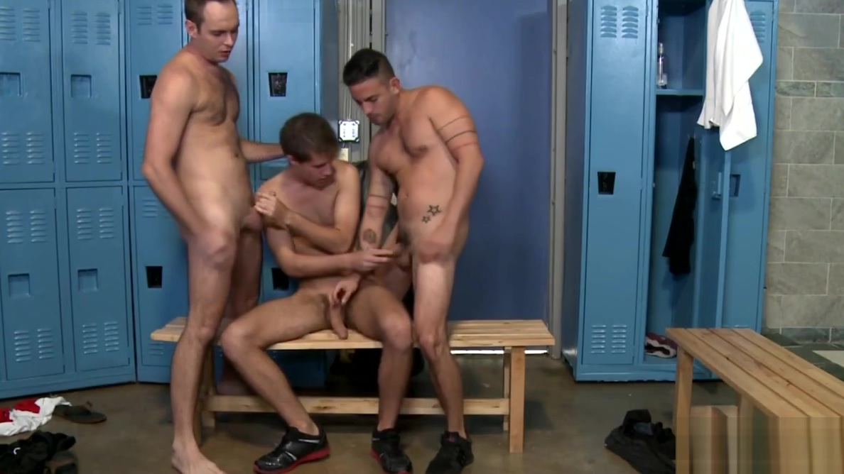 Gay locker room Best Rated Amateur Porn