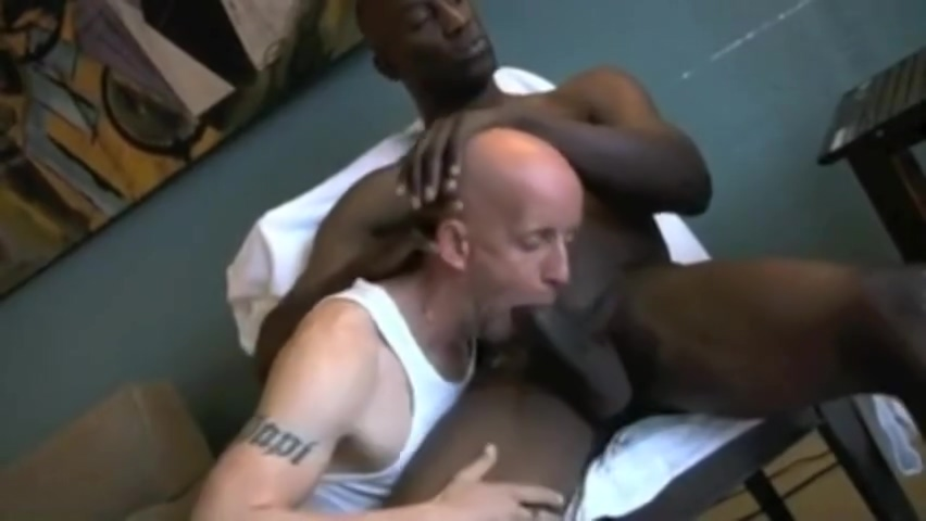 Skinhead Vs BBC Redhead japanese lick penis and pissing