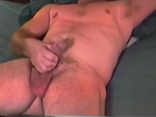 Mature Amateur Mack Jacking Off Want to hook up with guy friend