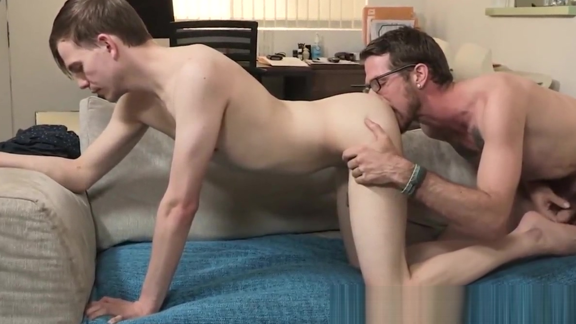 Hung daddy bare fucks handsome stepson and creampies him Meet french girls