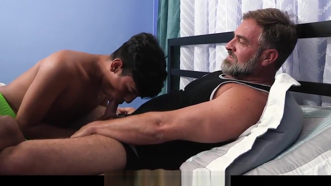 FamilyDick - Daddy Seduces Spanish Twink Sexy asshole peachy