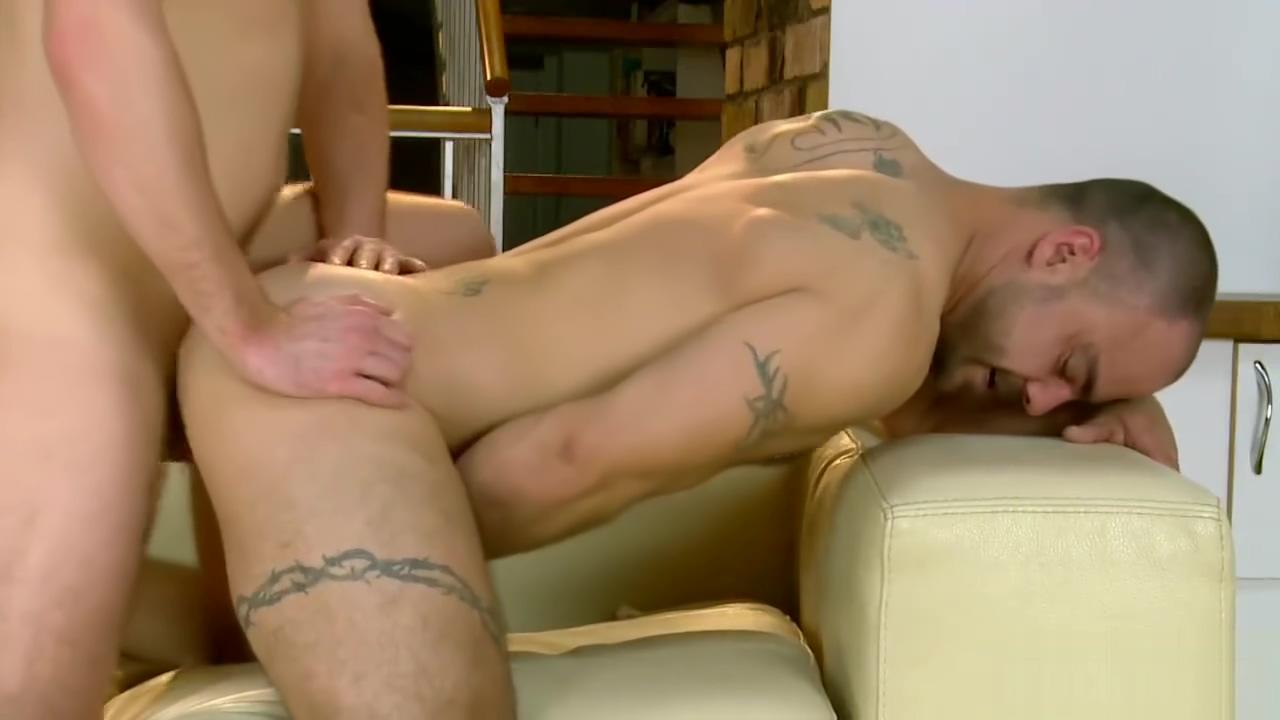 Gay Porno 45 Mature vs lad sex site