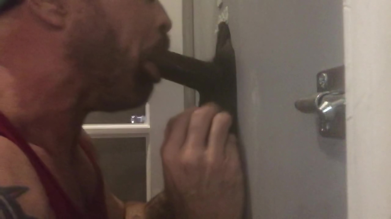 Philadelphia Glory Hole Services Tall & Husky Black Bear #1 Nude on