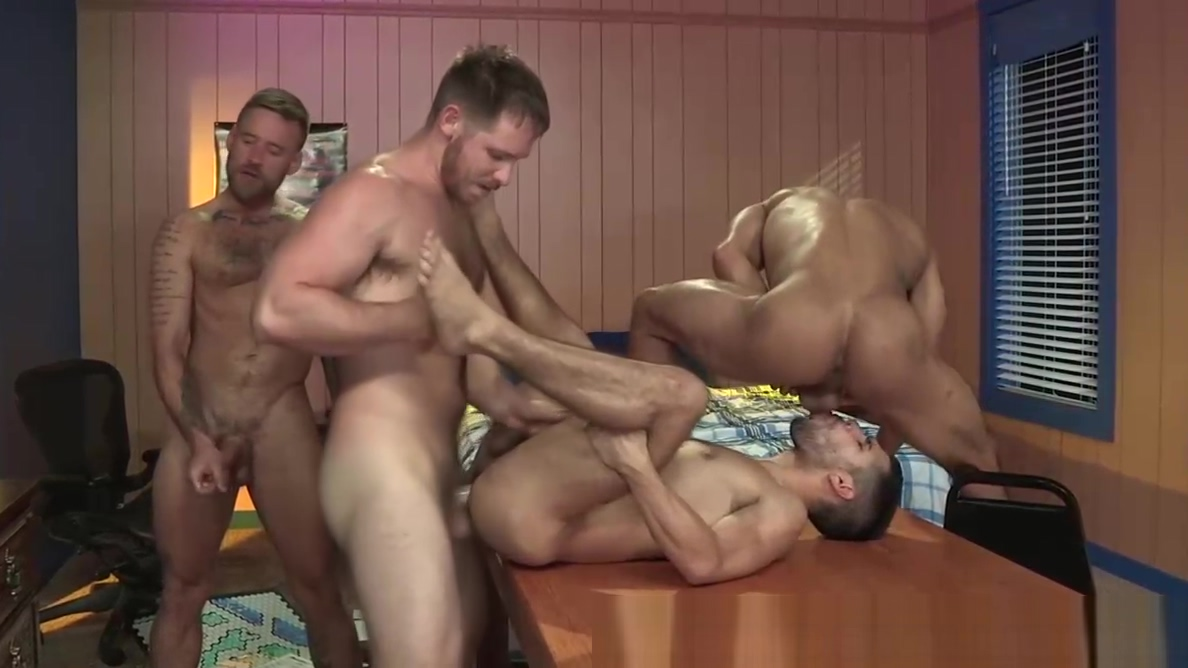 4 Cute Big Dick College Nerds Play Board Games & Fuck & DP! Glory hole sex games