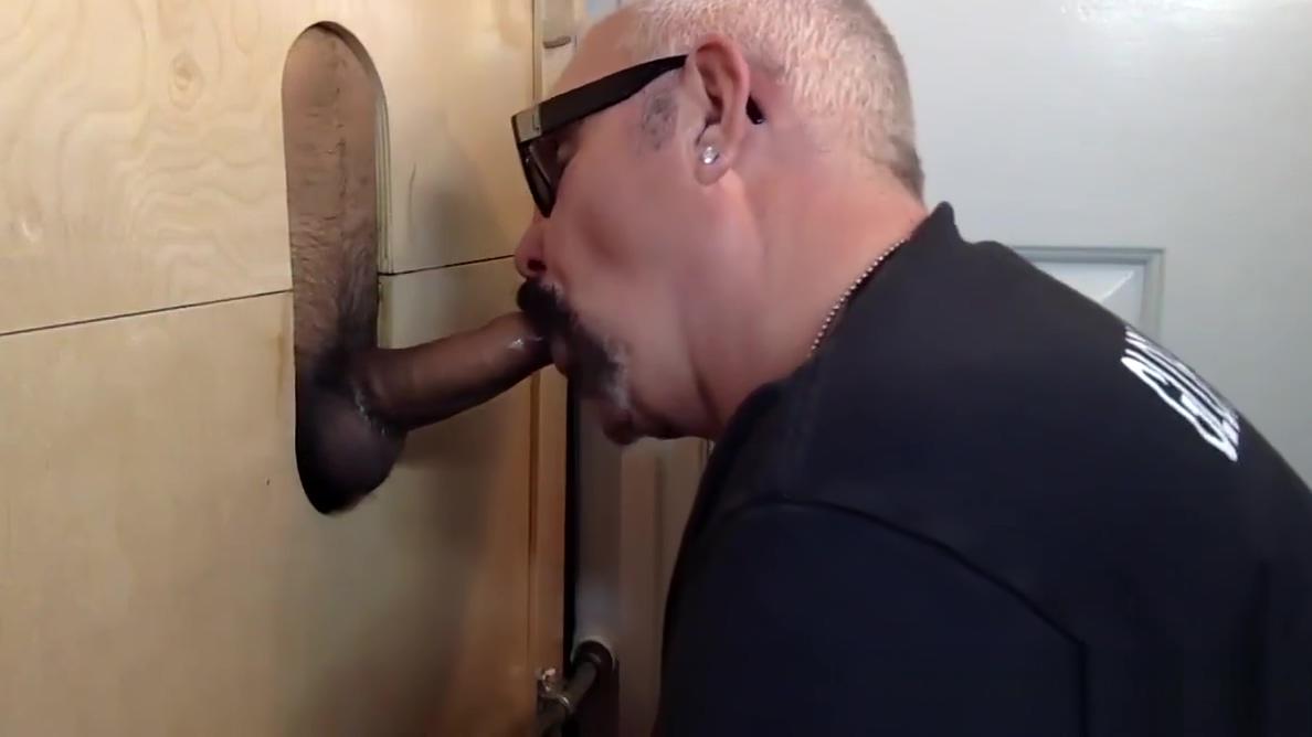 Horny Latin Man At the Gloryhole Cheerleaders free sex videos