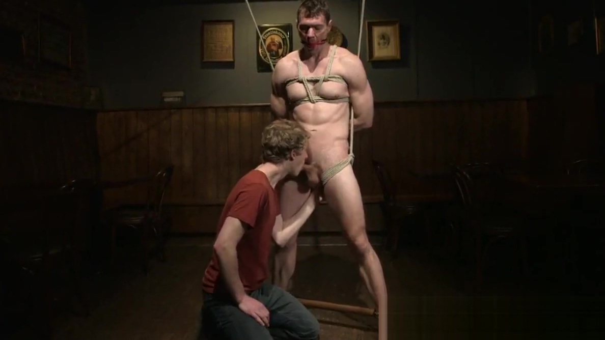 Muscled bdsm sub cocksucked and jerked Aylar Lie Cumshot Videos