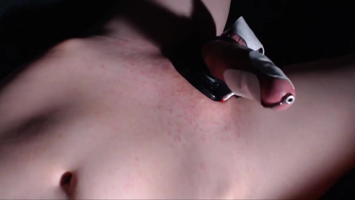 My First E-Stim (With Handsfree Ejaculation) Jack off and the bean stalk