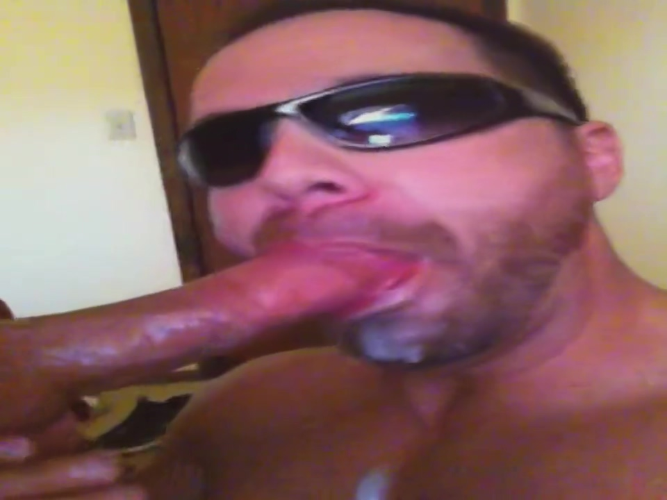 swallowing a muscle load ass and pussy dildo