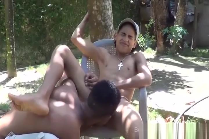 Latin Twinks Big Dick Bareback Garden Fuck 7 things women wish men would do during sex bee